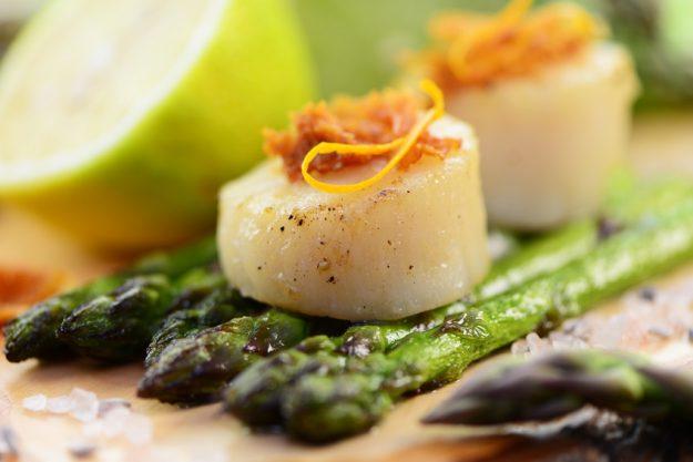 Firmenfeier Essen mit Küchenparty - Jakobsmuscheln