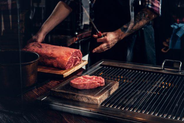 Grillkurs in Herten – großes Stück Fleisch