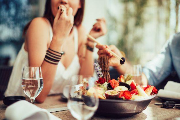 Mädels-Kochkurs Rheurdt – Frau isst