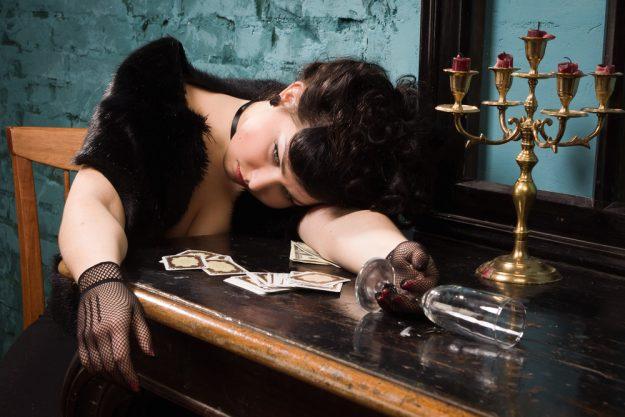 Geschenkgutschein Krimi-Dinner – ermordete Hauptdarstellerin