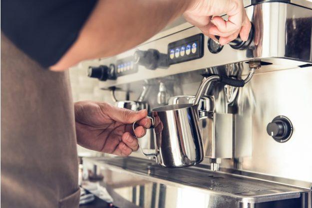 Latte-Art Kurs Herten – Milch schäumen