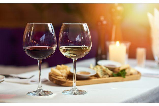 Candlelight-Dinner Stuttgart-Ehingen – Wein und Essen