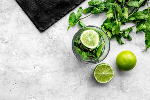 Cocktailkurs Stuttgart – Limette und MInze im Glas