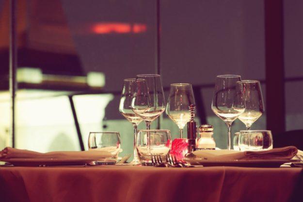 Erlebnisdinner-Gutschein –Gemeinsam romantisch zum Jahrestag essen gehen