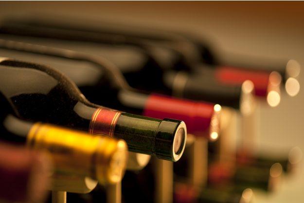 Firmenfeier mit Weinseminar in Ludwigsburg – verschiedene Weinflaschen