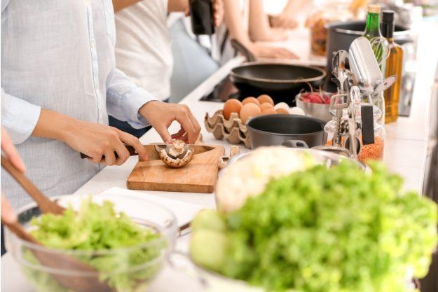 Frankreich Kochkurs Stuttgart – Pilze schneiden