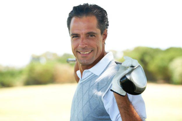 Incentive Stuttgart mit Golfschnupperkurs - Mann mit Golfschläger
