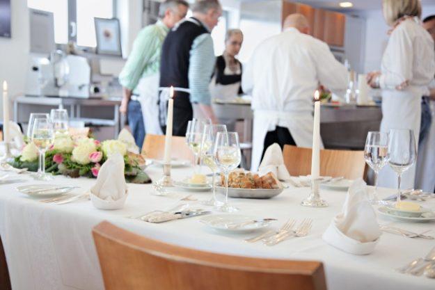 Hotel Traube Tonbach – Gedeckter Tisch