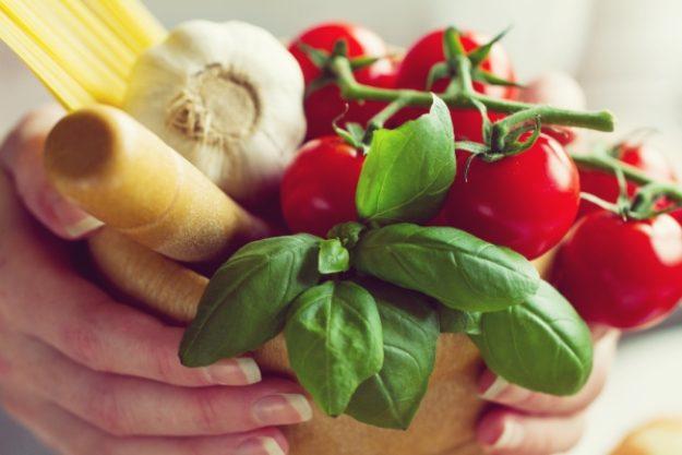 Kochkurs-Gutschein –Tomaten, Basilikum, Knoblauch und Spaghetti