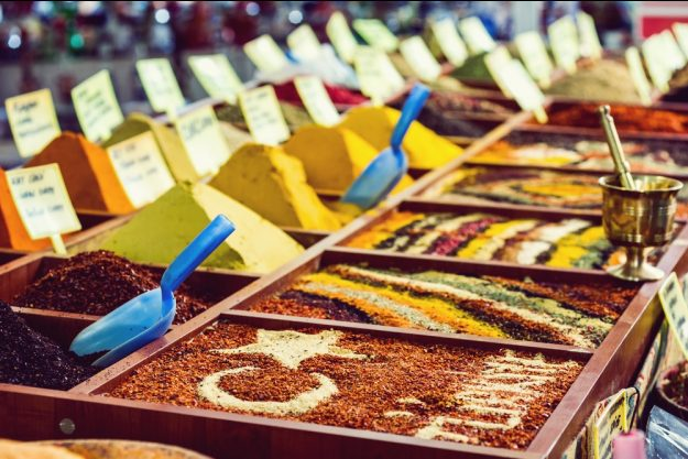 Orientalischer Kochkurs Stuttgart – Gewürze am Bazar
