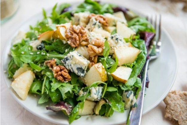 Saisonaler Kochkurs –Salat mit Nüssen, Pilzen und Käse