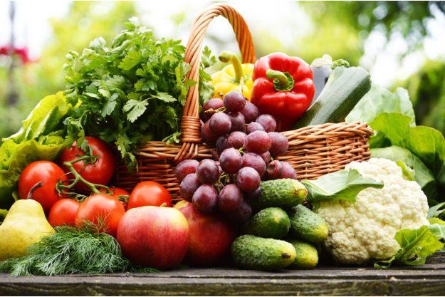 Vegetarischer Kochkurs Stuttgart - knackiger Obst und Gemüsekorb