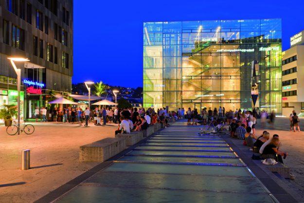 Firmenfeier Stuttgart mit Locationhopping & Kochevent - Stuttgart bei Nacht