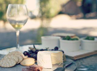 Teambuilding Stuttgart mit Weinprobe Wein trifft Käse