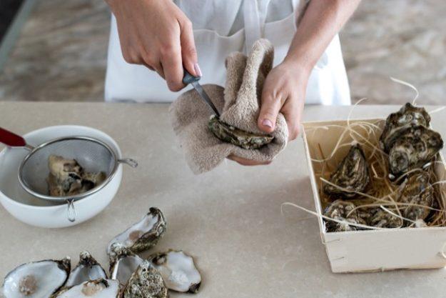 Austern richtig öffnen