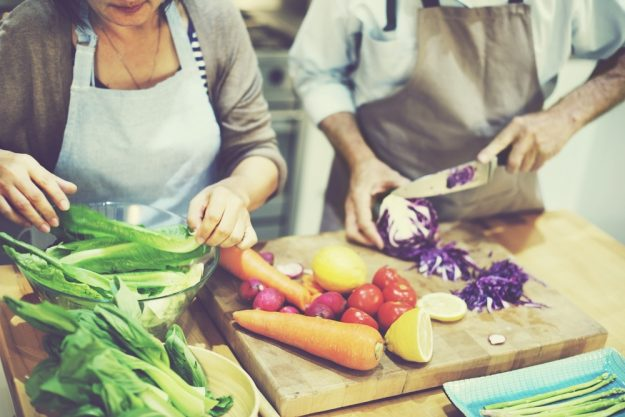 Kochkurs Berlin – frisches Gemüse schneiden