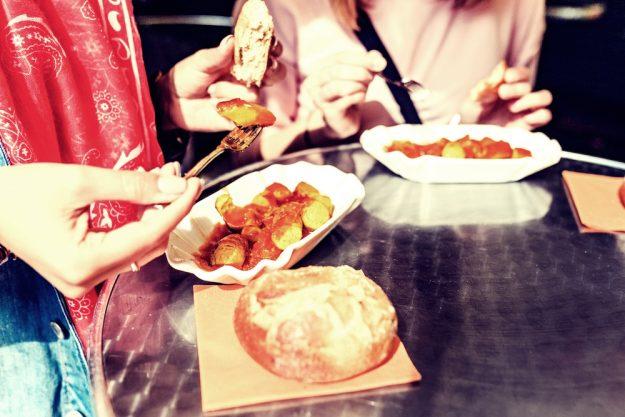 Kulinarische Stadtführung Berlin – Currywurst in Berlin