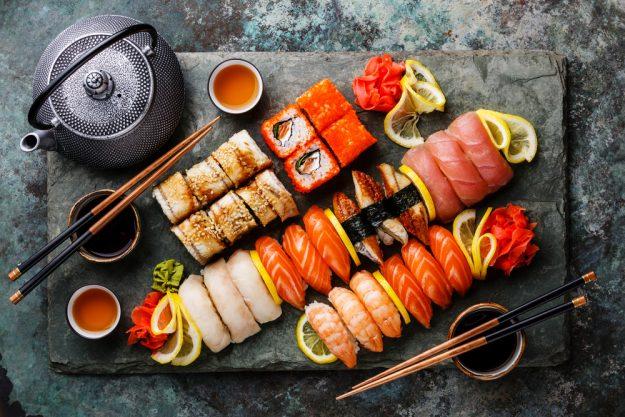 Sushi-Kurs Berlin – Sushi Platte mit Tee