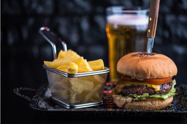 Burger-Kochkurs Hannover – Burger mit Pommes