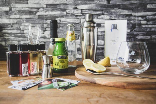 Online Firmenfeier Cocktailkurs mit Box