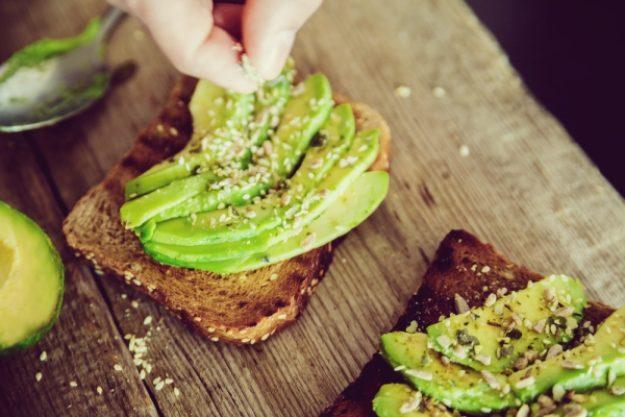 Gutschein für einen gesunden Kochkurs –Avocado-Vollkorn-Brot