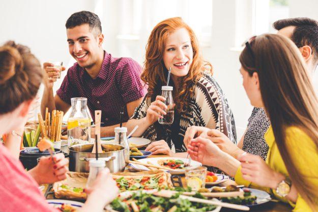 Kochkurs Hannover – Freunde essen zusammen