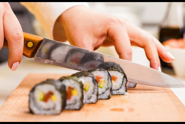 Sushi-Kurs Hannover – Sushi schneiden