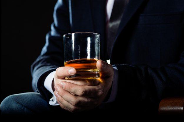 Whisky-Seminar Hannover –  Whisky in der Hand