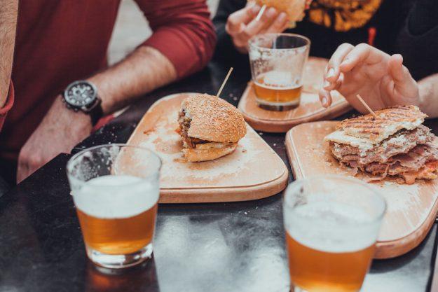 Geschenkgutschein Bierprobe – Bier und Fingerfood