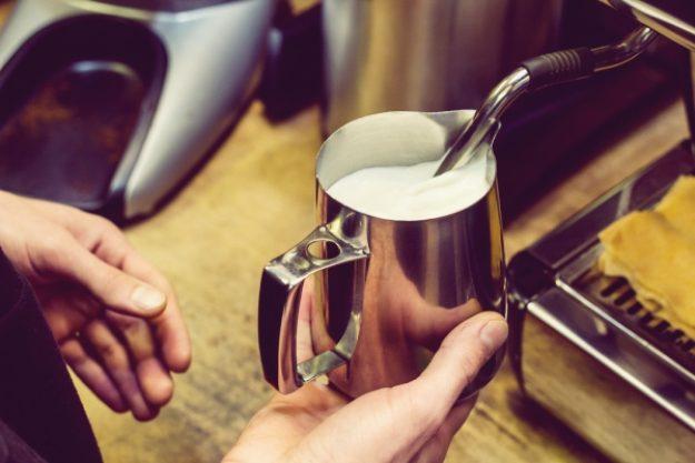 Barista-Kurs-Gutschein –Milch aufschäumen