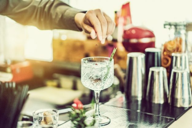 Gin-Tasting-Gutschein –Dry Gin Zubereitung