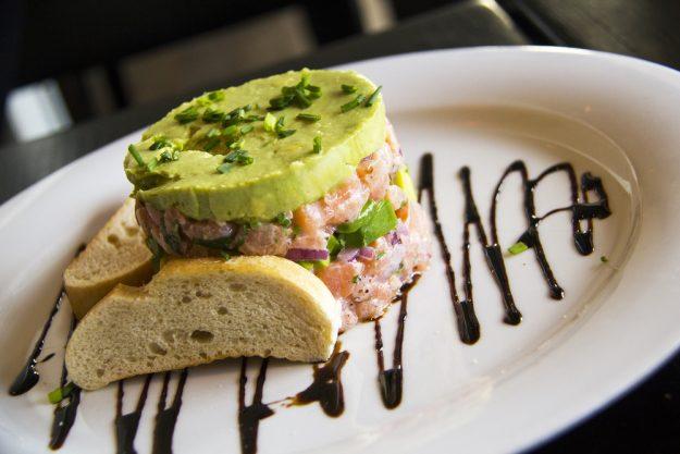 Fisch- und Meeresfruechte-Kochkurs Dresden – Lachs-Avokado-Tatar