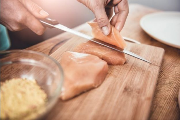 Fleisch-Kochkurs Dresden – Hähnchen filetieren