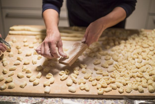 Pasta-Kochkurs Dresden – Gnocchi formen