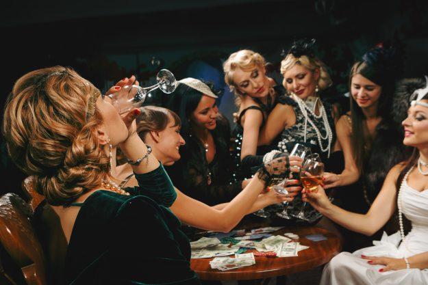 Geschenkgutschein Krimi-Dinner – Charleston Maskenball