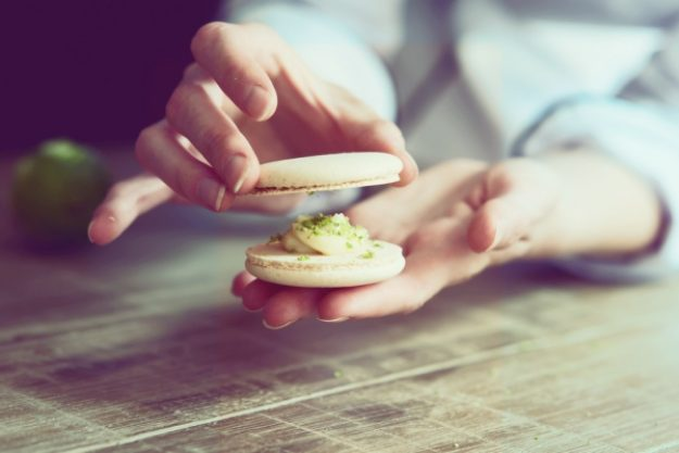 Backkurs-Gutschein –Lerne, wie man Macarons herstellt