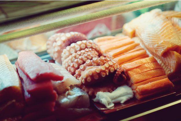 Sushi-Kochkurs Wuppertal – Zutaten Fisch Lachs Maki Kaviar für Sushi