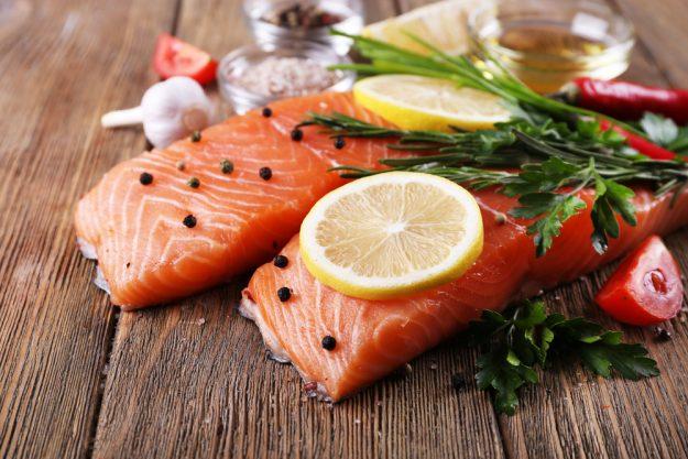 Fisch-Kochkurs München – Lachs mit Gewürzen und Zitrone