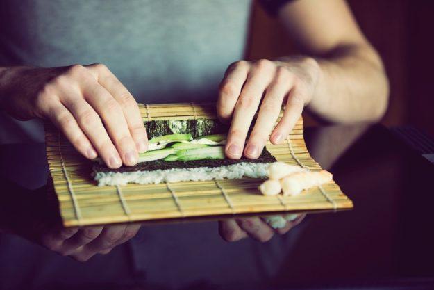 Online Kochkurs Sushi Sushi richtig rollen