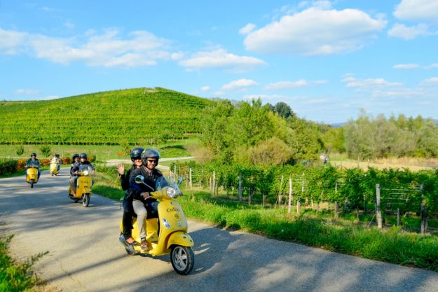 Virtuelle Reise ins Friaul auf der Vespa durch die schöne Landschaft Friauls