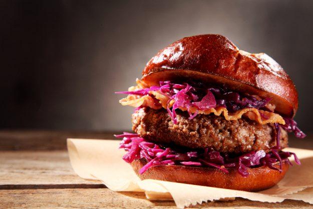 Burger-Kochkurs Neumünster – Burger mit Beef und Rotkohl