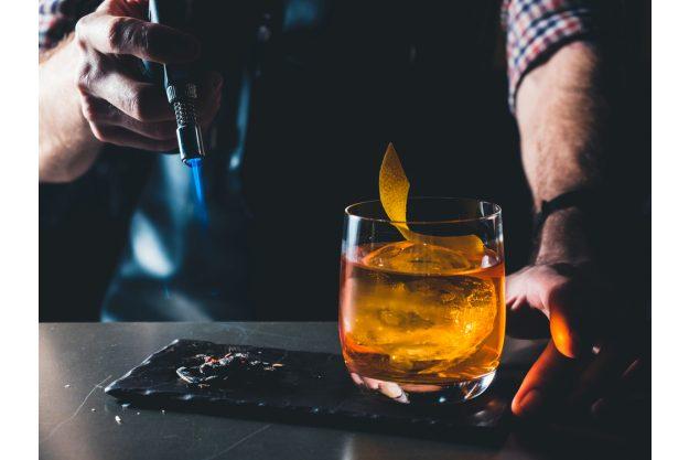 Cocktailkurs Hamburg - Cocktail und Bunsenbrenner