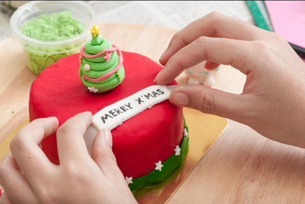 Geschenkgutschein Backkurs – Weihnachts-Verzierung