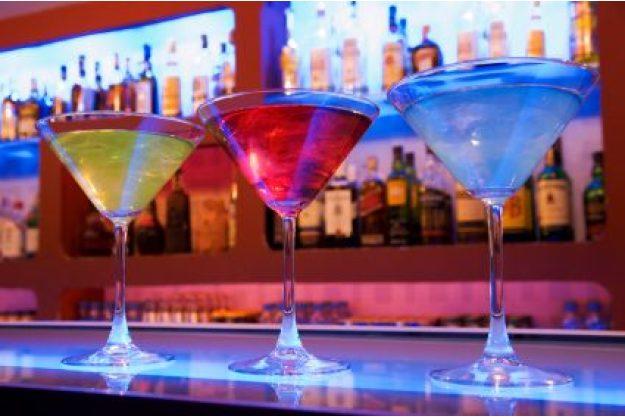 Incentive-Cocktailkurs Hamburg - bunte Cocktails