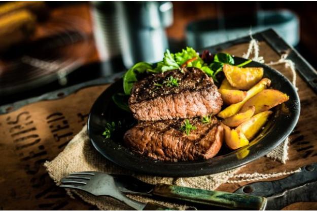 Grillkurs München – Fleisch parieren