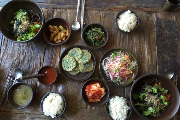 koreanischer-kochkurs-duesseldorf-koreanische-Tafel
