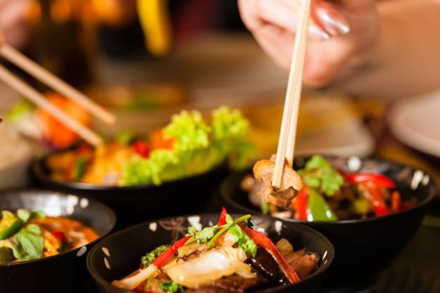 Thai-Kochkurs München - mit Stäbchen essen