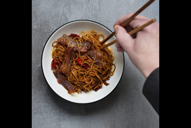 Asia-Kochkurs Hamburg – Essen mit Stäbchen