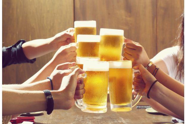 Bierprobe Frankfurt – mit Bier anstoßen