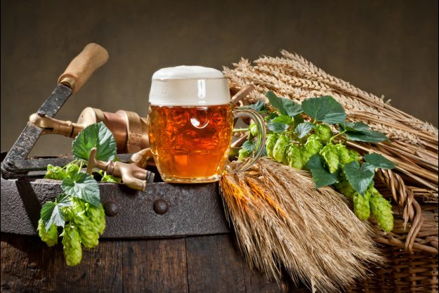 Bierprobe Heidelberg - Bier Fass